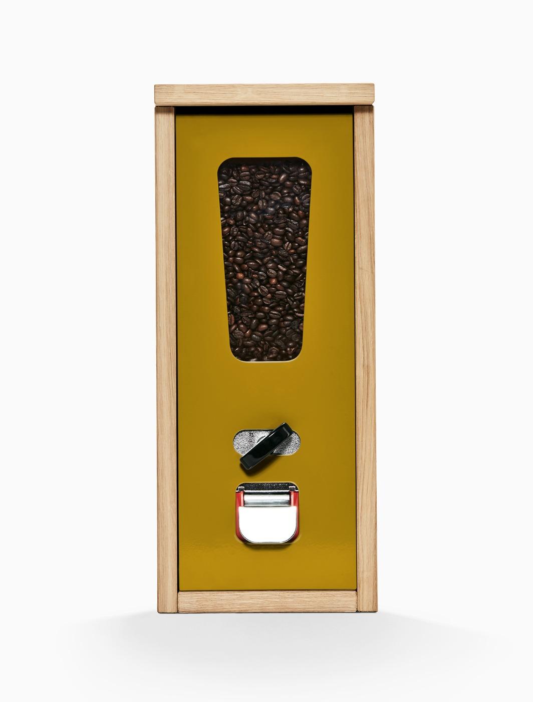 Käues-Automat mit currygelber Frontplatte